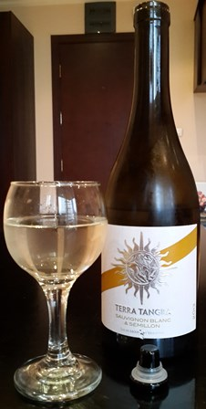 White wine from Bulgaria (1/3)